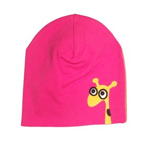 Cerise cap with giraffe