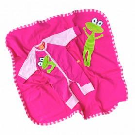 Pyjamas och filt för baby. Cerise med groda