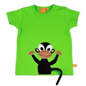 Köp en rolig grön T-shirt för barn, med en söt apa som har en svans som sticker ut.